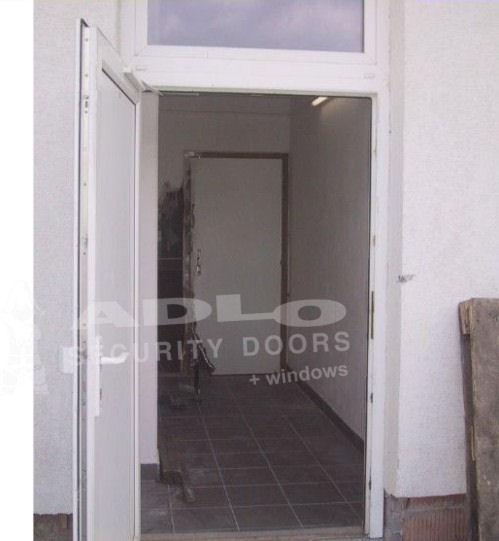 ee90323176 Banská Bystrica - prekonané plastové dvere - ADLO