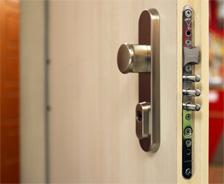 4912c8e88f Neprekonateľné bezpečnostné dvere - ADLO
